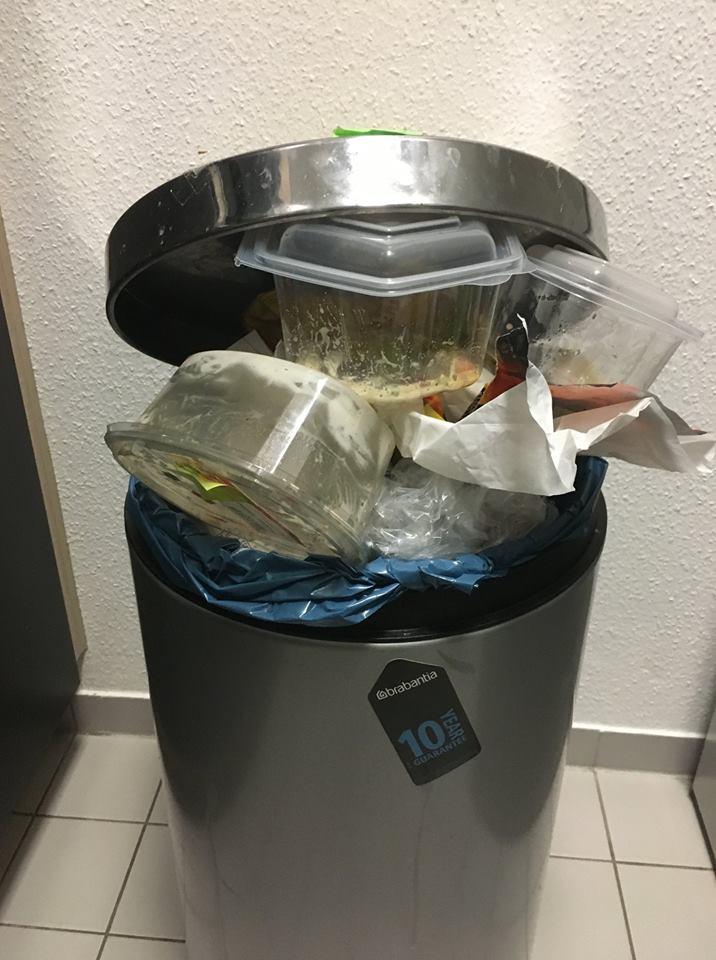 Verpackungsmüll in der Mittagspause