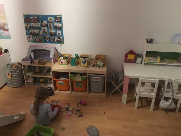 Montessori Kinderzimmer