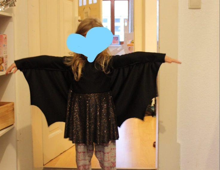 Halloween Kostüme Kinder Nähen.Wie Näht Man Ein Fledermaus Halloween Kostüm Nähtipps Dresden Mutti