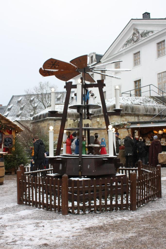 Pyramide Weihnachtsmarkt Königstein