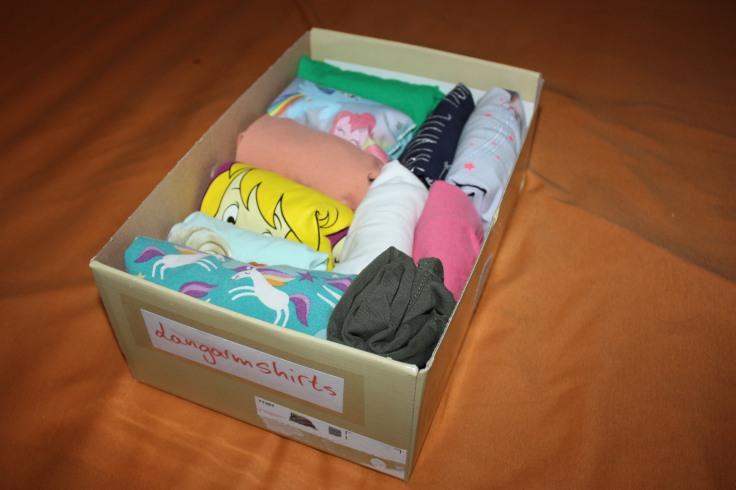 Marie Kondo T-Shirts Kiste