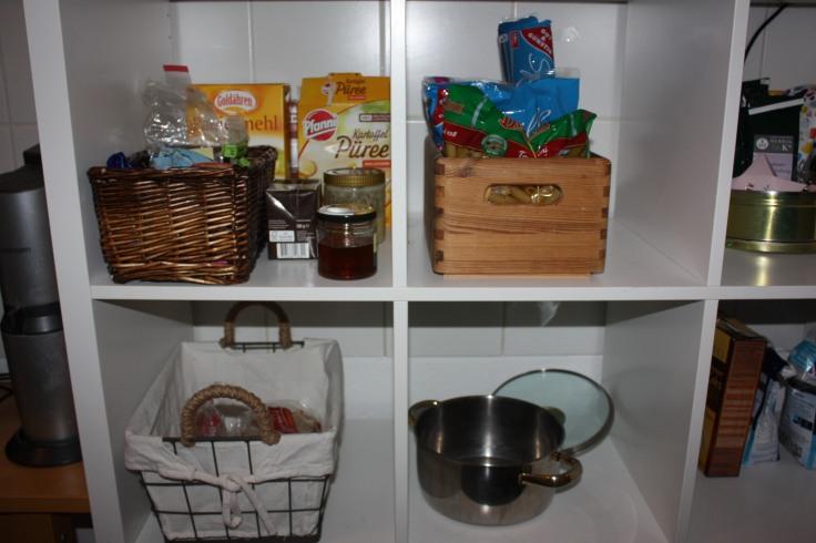 Küchenregal aufräumen Konmari