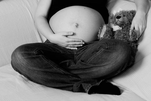 Schwangere Bär Schwarz Weiß